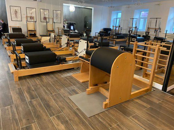 Студия Top Pilates с оборудованием FotWorld